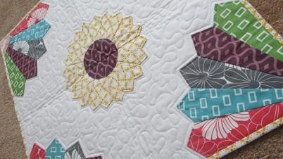 Modern Dresden Plate Mini-quilt